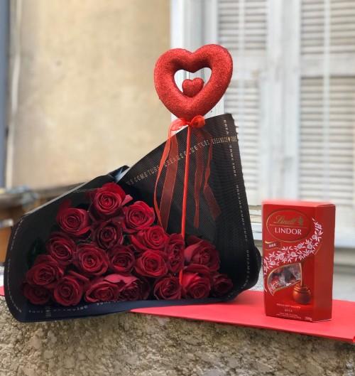ורדים באהבה עם שוקולד